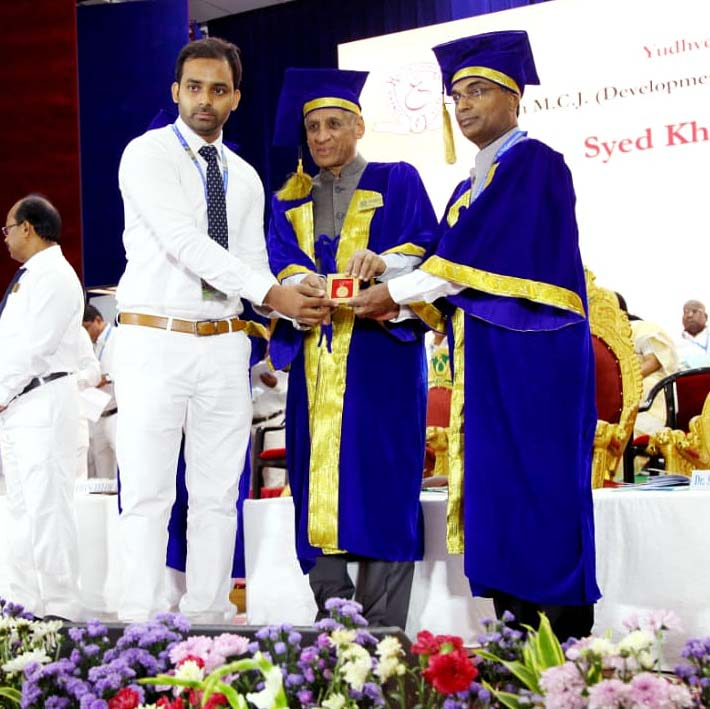 Media Plus CEO Syed Khaled Shahbaaz receiving the Yudhvir Gold Medal in Journalism on 80th Convocation of Osmania University in Hyderabad